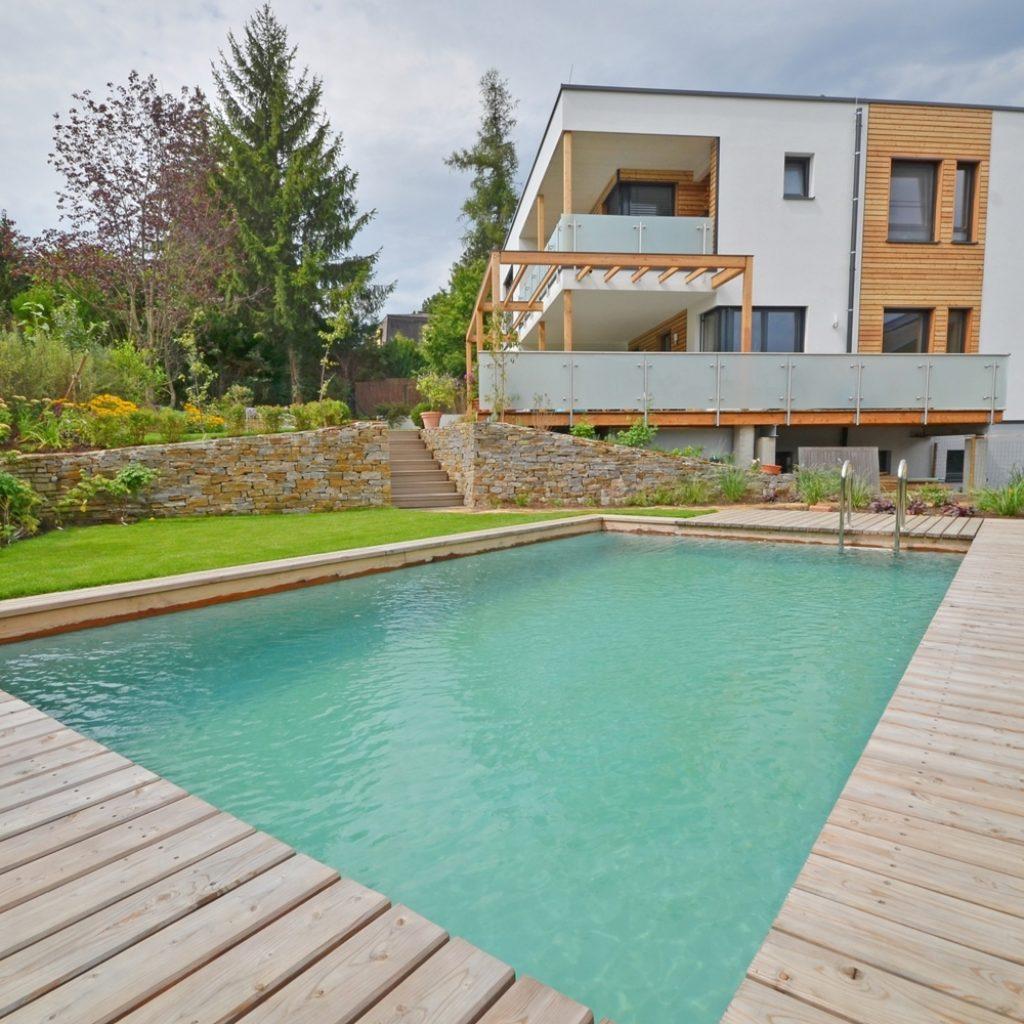 suelos en piscinas