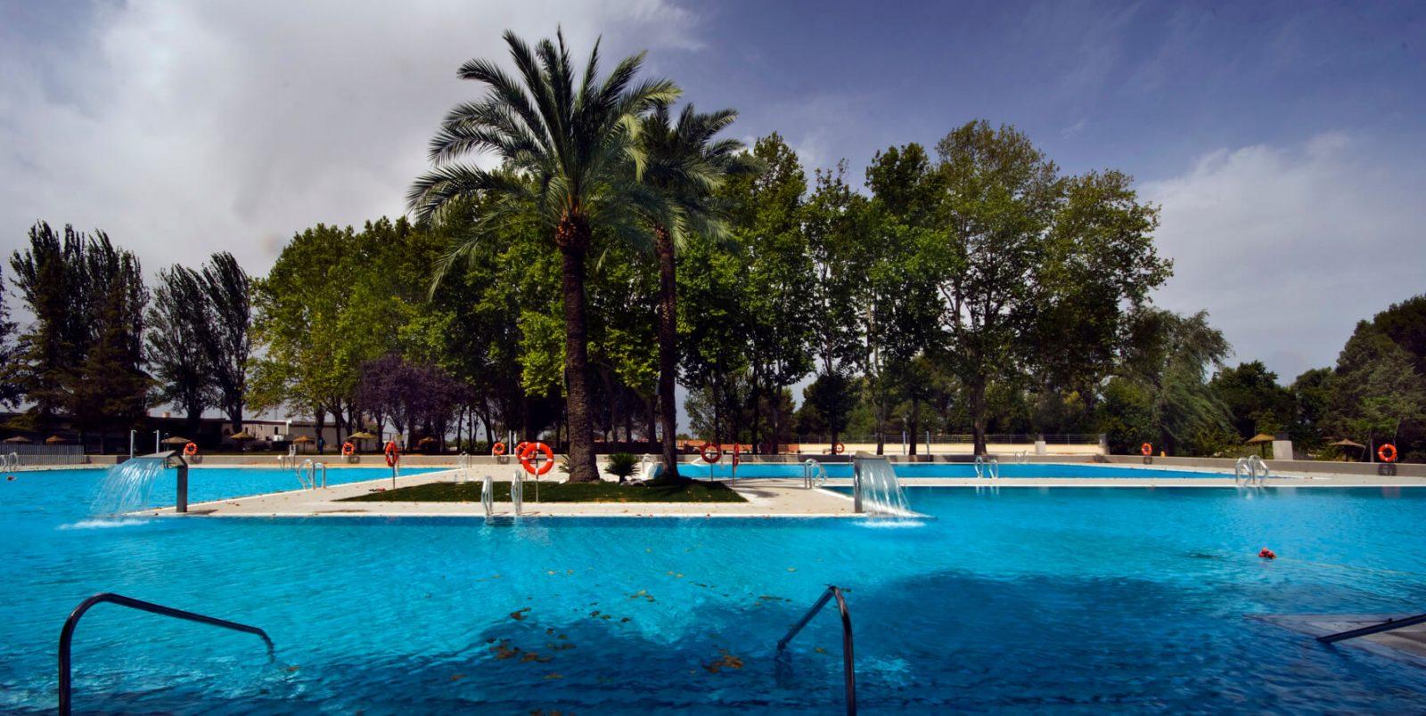 Piscinas municipales de verano de montilla hidroingenia for Piscina municipal fuenlabrada 2017