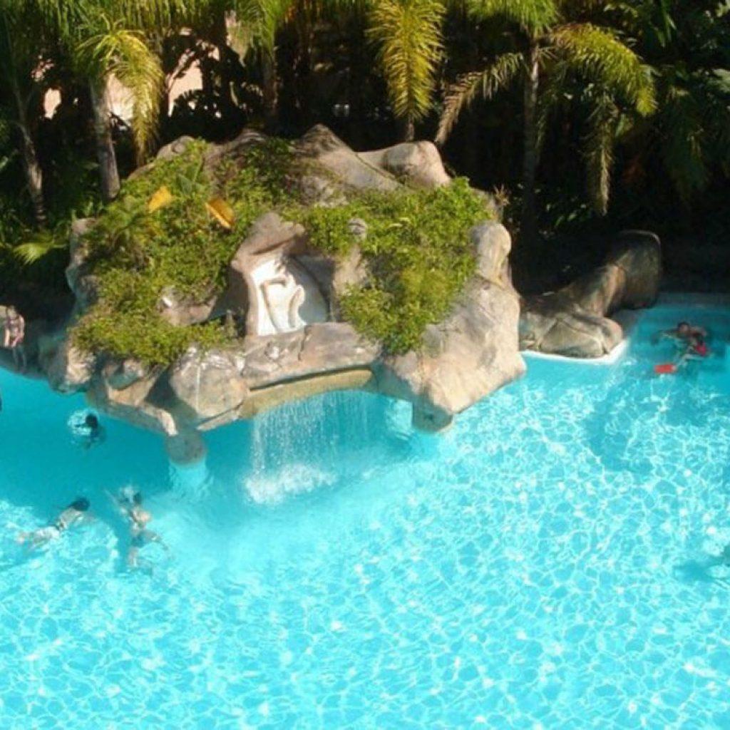 piscina-cascada
