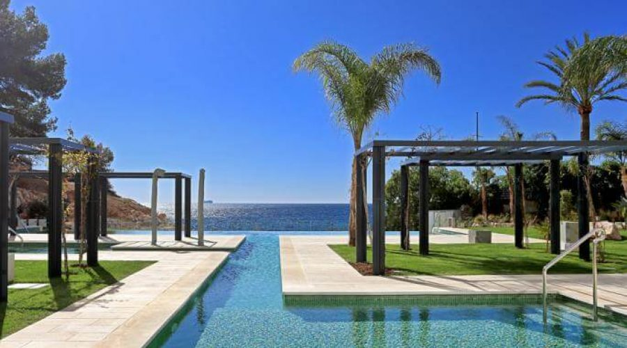 Suelos para el exterior de la piscina - Hidroingenia