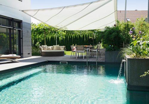 Living Pools 22