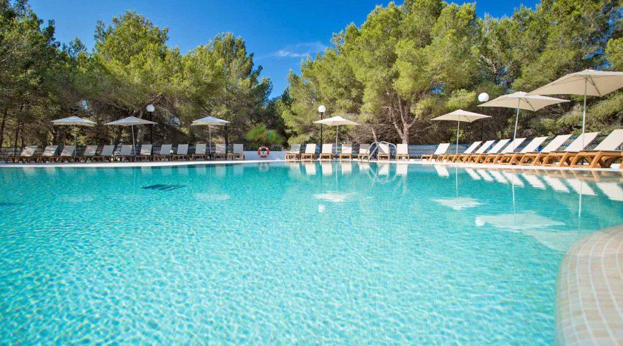Nueva piscina y parque temático acuático del Insotel Club Maryland en Formentera