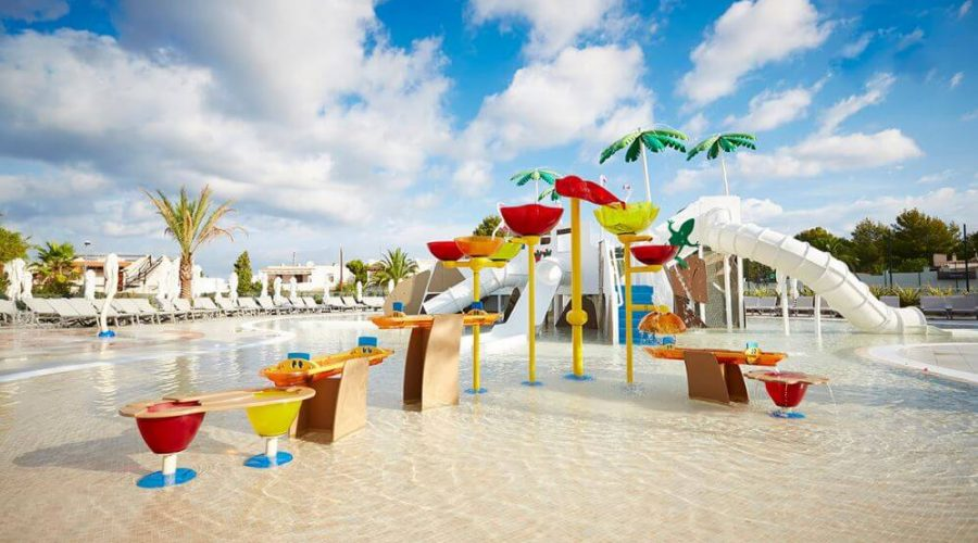 El Splash park de Insotel Tarida Beach Sensatori Resort.
