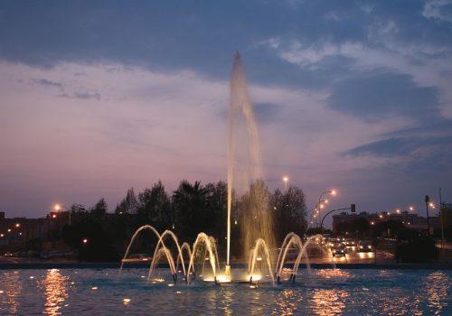 Fuente Plaza José Bergamín 2