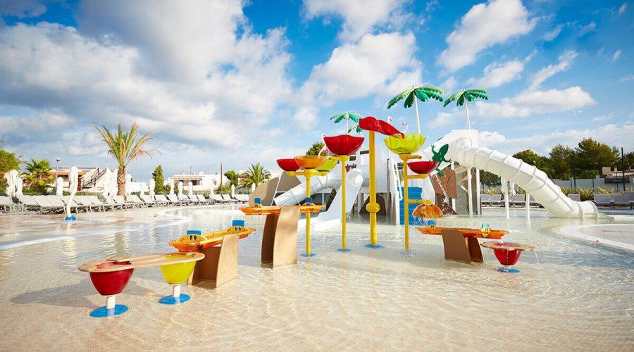 15 piscinas para Insotel Tarida Beach Sensatori Resort en Ibiza
