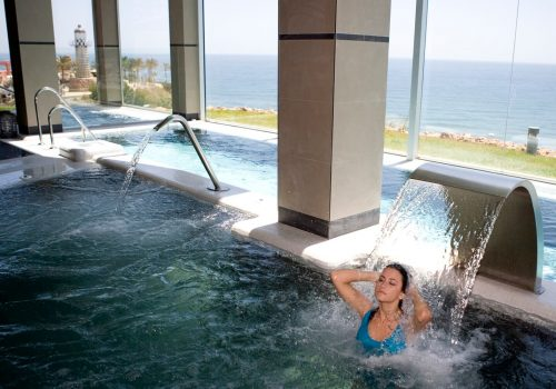 Hotel Holidays Hydros