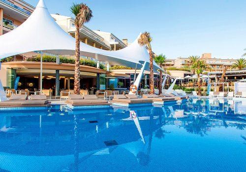 Piscinas del Hotel Insotel Cala Mandía Resort & Spa