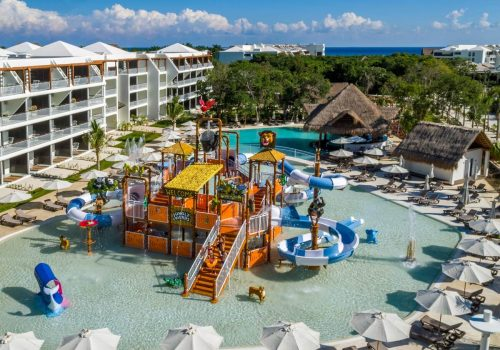 WaterPlay Structure Hotel Ocean Riviera Paradise by H10. Playa del Carmen